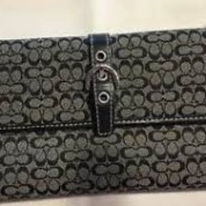 Authentic Coach Trifold Signature Fabric Wallet